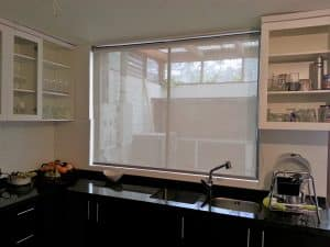 roller screen plata cocina
